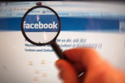 Facebook ja, Twitter eher nein: Deutschland entpuppt sich in Sachen Social-Media-Nutzung als eher mäßig begeistert. (Foto: Alexander Klaus/pixelio.de)